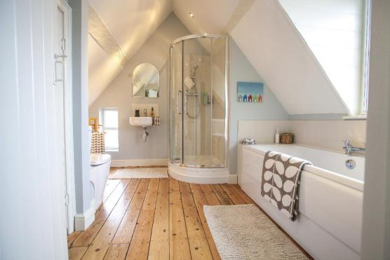 K & M Roast Installations | Kitchens | Bathrooms ...
